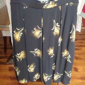 Madison skirts with pockets
